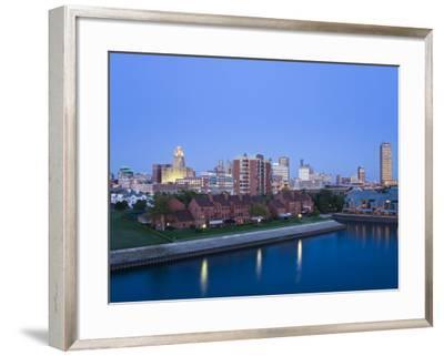 Erie Basin Marina and City Skyline, Buffalo, New York State, USA-Richard Cummins-Framed Photographic Print