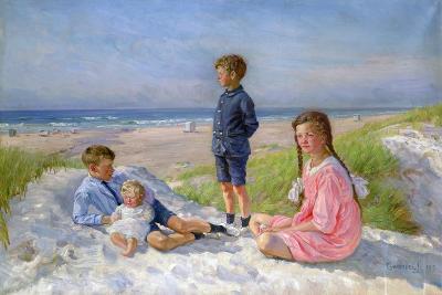 Erik, Else, Ove and Birthe Schultz on the Beach, 1919-Gabriel Jensen-Giclee Print