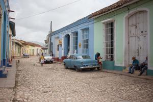 A Street Scene in Trinidad, Cuba by Erika Skogg