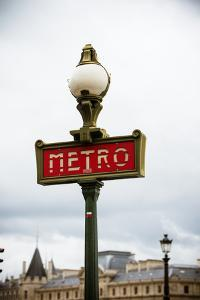 Paris Metro IV by Erin Berzel
