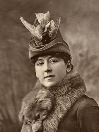 Amy Roselle, British Actress, 1887