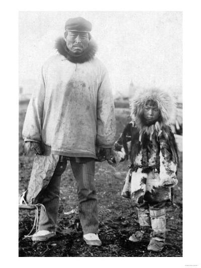Eskimo Father and Child In Alaska Photograph - Alaska-Lantern Press-Art Print