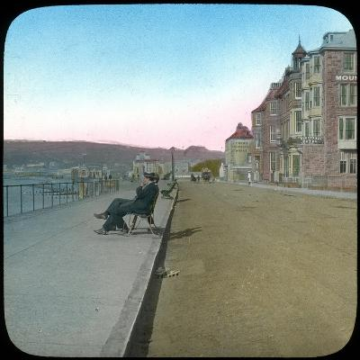 Esplanade, Penzance, Cornwall, Late 19th or Early 20th Century--Giclee Print