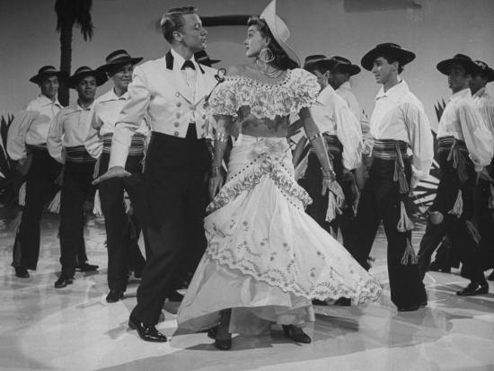 Esther Williams And Van Johnson Acting In Scene From Early To Bed