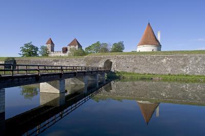 Estonia, Saaraa County, Saaremaa Island, Kuressaare, Kuressaare Episcopal Castle, Moat--Giclee Print