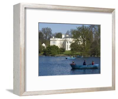 Boating Lake, Regent's Park, London, England, United Kingdom, Europe