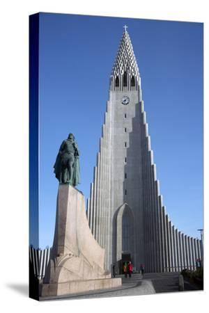 Hallgrimskirja Church, Reykjavik, Iceland, Polar Regions