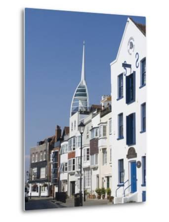 Old Portsmouth with the Spinnaker Tower Behind, Portsmouth, Hampshire, England, UK, Europe