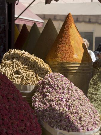 Spice Stall Near Qzadria Square, Marrakech, Morocco, North Africa, Africa