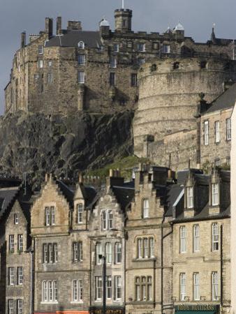 View of Edinburgh Castle from Grassmarket, Edinburgh, Lothian, Scotland, United Kingdom, Europe