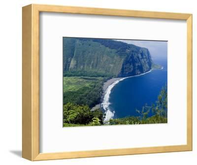 View of Waipio Valley, Island of Hawaii (Big Island), Hawaii, USA