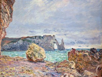 Etretat, Beach and Falaise D'Aval, 1884-Claude Monet-Giclee Print