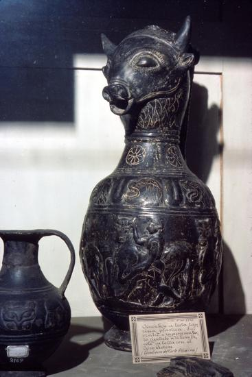 Etruscan Vase in shape of Bull's head, c6th century BC-Unknown-Giclee Print