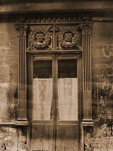Marchand de Vins, Rue Charles V by Eug?ne Atget