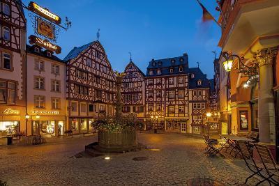 Europe, Germany, Rhineland-Palatinate, Bernkastel-Kues at Moselle River, Market Place-Chris Seba-Photographic Print