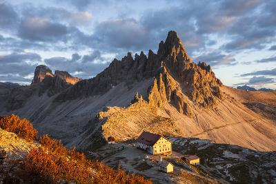 Europe, Italy, South Tyrol, the Dolomites, Paternkofel, Dreizinnenh?tte-Gerhard Wild-Photographic Print