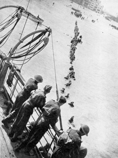 Evacuation of British Troops from Dunkirk, 27 May - 3 June 1940--Giclee Print