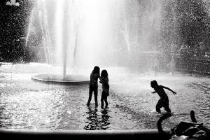 Fountain Play by Evan Morris Cohen