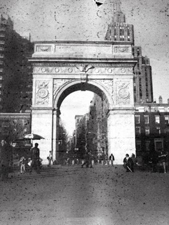 Washington Arch in Plenachrome