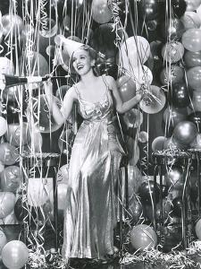 Partying into the New Year by Everett Collection
