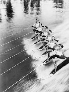 Row of Women Water Skiing by Everett Collection