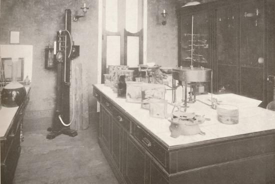 'Examination Laboratory of the Medico-Legal Service', 1914-Unknown-Photographic Print