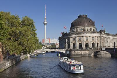 https://imgc.artprintimages.com/img/print/excursion-boat-on-spree-river-bode-museum-museum-island-unesco-world-heritage-berlin-germany_u-l-q1bolud0.jpg?p=0