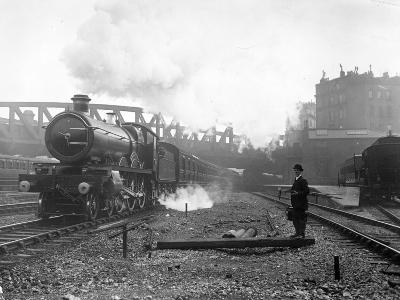 Express Steam Train-Hulton Collection-Photographic Print