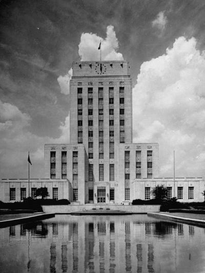 Exterior of City Hall in Houston-Dmitri Kessel-Photographic Print