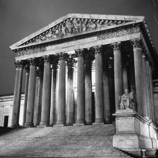 Exterior of the Supreme Court Building-Paul Schutzer-Photographic Print