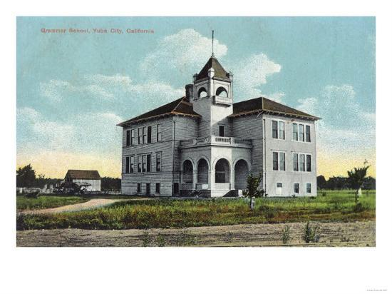 Exterior View of the Grammar School - Yuba City, CA-Lantern Press-Art Print