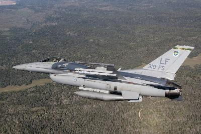 F-16C Fighting Falcon During a Sortie over Arizona--Photographic Print