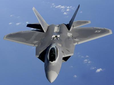 F-22 Raptor Moves into Position to Receive Fuel--Photographic Print