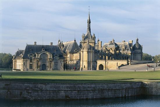 Facade of a Castle, Chateau De Chantilly, Picardy, France--Photographic Print