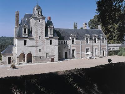 Facade of a Castle, Reugny. La Valliere Castle, Centre, France--Photographic Print
