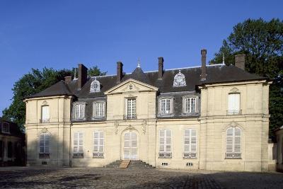 Facade of Chateau De Jossigny, Ile-De-France, France--Giclee Print