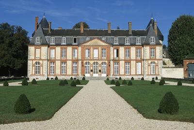 Facade of Chateau De Malesherbes-Pierre Vigne De Vigny-Giclee Print