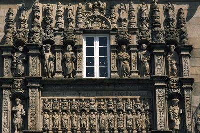 https://imgc.artprintimages.com/img/print/facade-of-hostel-of-catholic-monarchs_u-l-ppsdiv0.jpg?p=0