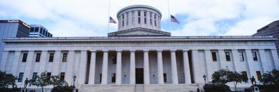 Facade of the Ohio Statehouse, Columbus, Ohio, USA