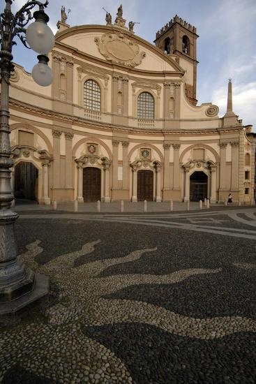 Facade of Vigevano Cathedral (1680)--Photographic Print