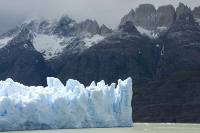 Face of Glaciar Grey (Grey Glacier) on Lago De Grey-Tony-Photographic Print