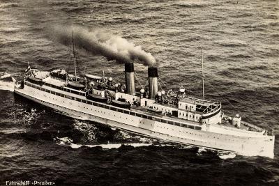 Fährschiff Preußen Der Stettiner Dampfer Comp--Giclee Print