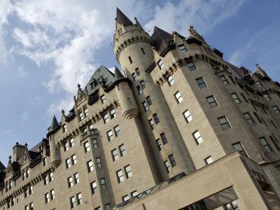 https://imgc.artprintimages.com/img/print/fairmont-chateau-laurier-hotel-ottawa-ontario-province-canada_u-l-p7wgug0.jpg?p=0