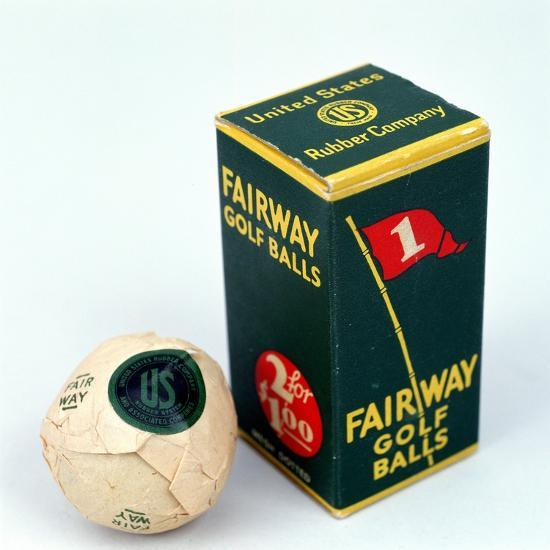 Fairway golf ball and box, c1910s-Unknown-Giclee Print