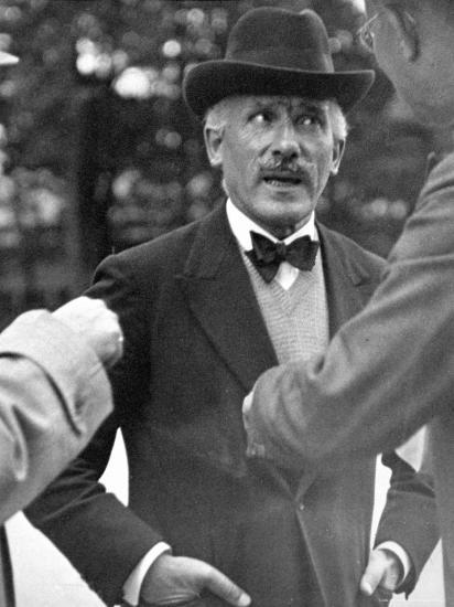 Famous Maestro Arturo Toscanini Stopping in Street and Talking to 2 Men-Alfred Eisenstaedt-Premium Photographic Print