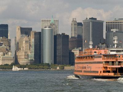 https://imgc.artprintimages.com/img/print/famous-orange-staten-island-ferry-approaches-lower-manhattan-new-york_u-l-p9ehy80.jpg?artPerspective=n