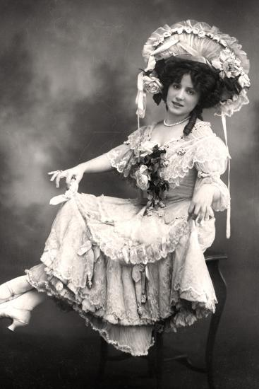 Fanny Dango (1878-197), Singer and Dancer, Early 20th Century-Foulsham and Banfield-Photographic Print