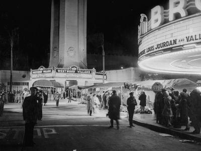 Fans Gathering around the Thearters for the New Premiere-Peter Stackpole-Photographic Print