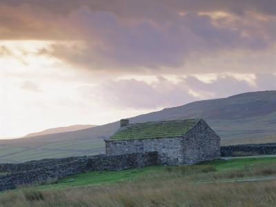 Farm Building, Swaledale, Yorkshire Dales National Park, Yorkshire, England, UK, Europe-Mark Mawson-Photographic Print