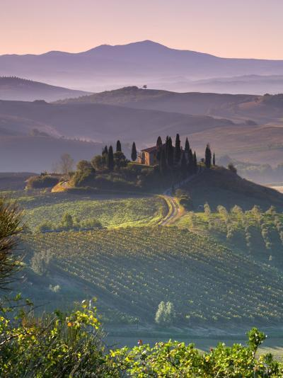 Farmhouse, Val D' Orcia, Tuscany, Italy-Doug Pearson-Photographic Print
